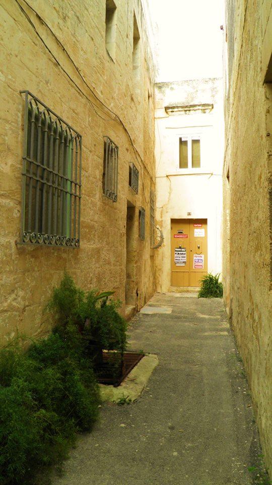 Triq ir-Rebħa - Sqaq 1