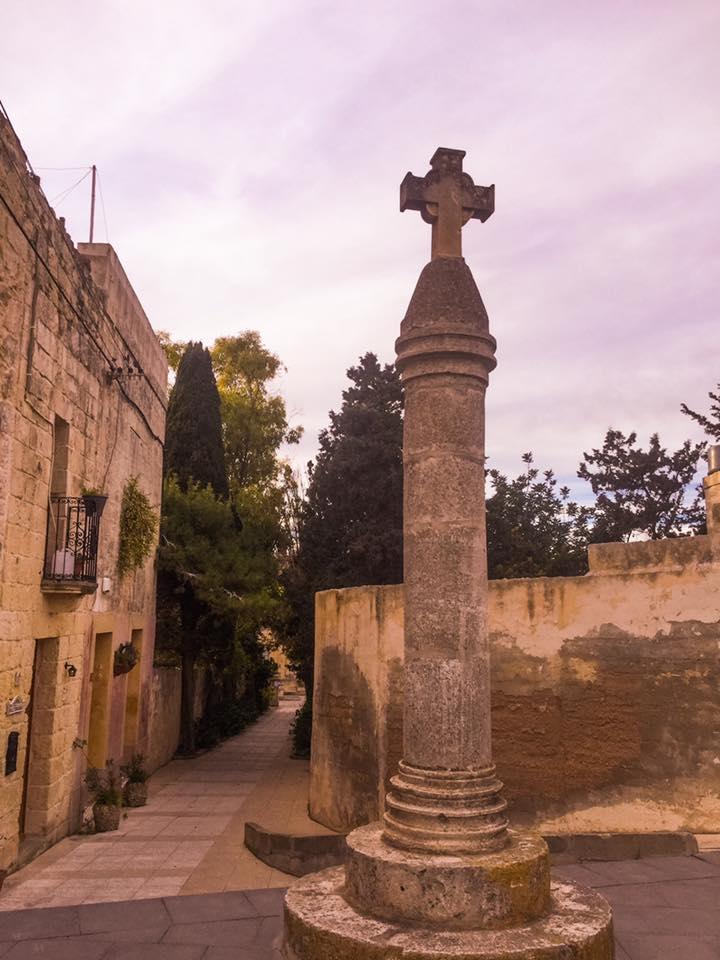 Salib Sant'Agata